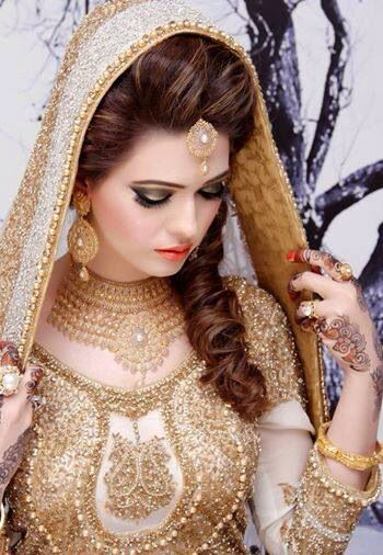 Latest pakistani bridal wedding hairstyles trends 2017 2018 collection see junglespirit Images