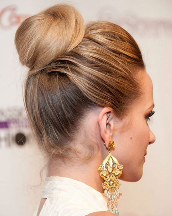 Updo & Buns for winters 2015-2016 (2)