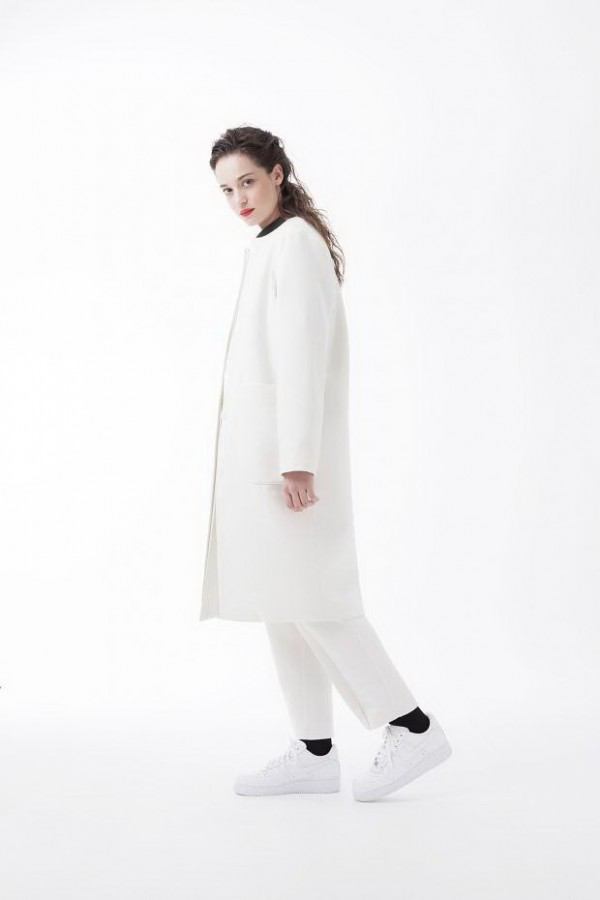 White-Coats-For-Fall-Winter-2015-2016-1-600x9000- brand Avoc