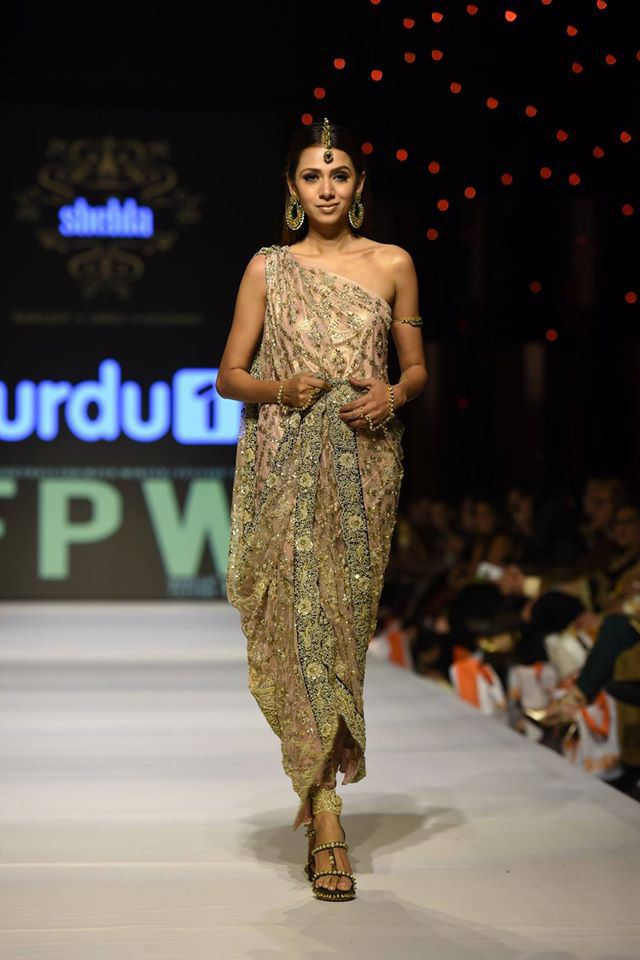 Fashion Week Pakistan 2015-2016 FWP'15 Designer Collections Day1, Day2, Day 3 (19)
