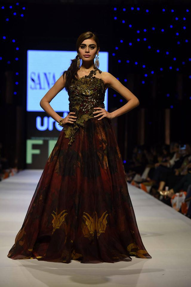 Fashion Week Pakistan 2015-2016 FWP'15 Designer Collections Day1, Day2, Day 3 (21)