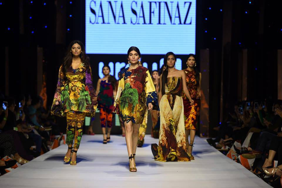 Fashion Week Pakistan 2015-2016 FWP'15 Designer Collections Day1, Day2, Day 3 (25)