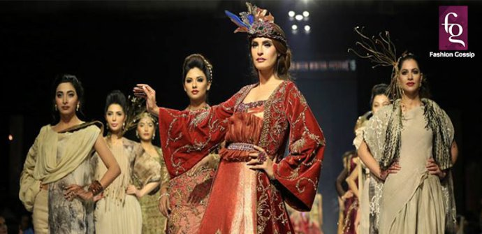 Fashion Week Pakistan 2015-2016 FWP'15 Designer Collections Day1, Day2, Day 3 (34)