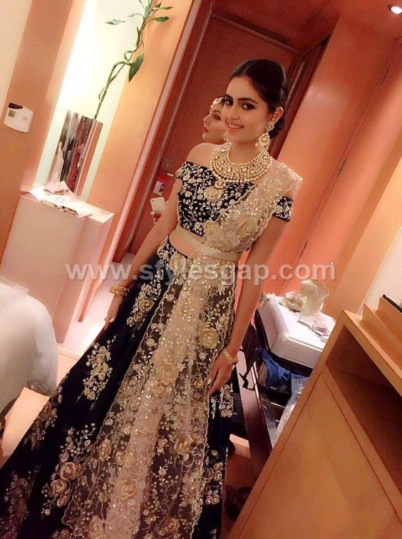 81f90b280a Latest Lehenga Choli Trends Designs 2019-2020 Party Wedding Collection