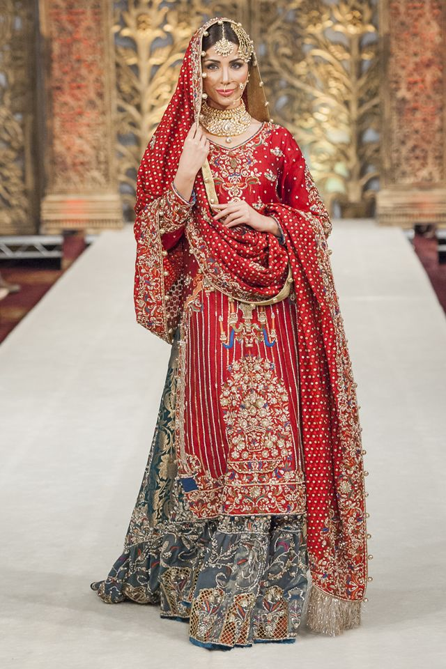 Latest Pakistani Wedding Lehenga Dresses Collection 2016-2017 (1)