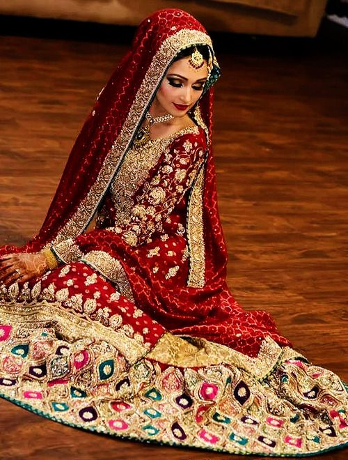 Latest Pakistani Wedding Lehenga Dresses Collection 2016-2017 for Brides (2)