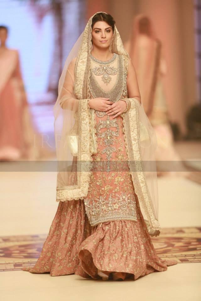 Latest Pakistani Wedding Lehenga Dresses Collection 2016-2017 for Brides (4)