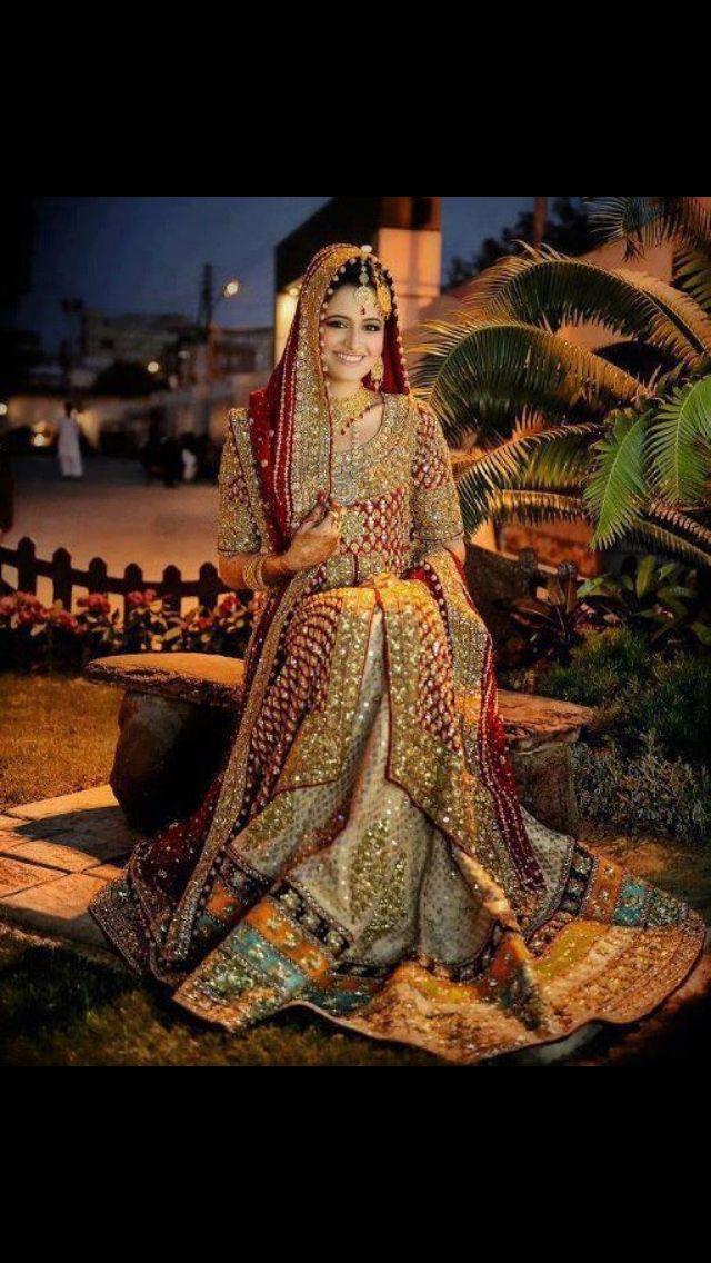 Latest Pakistani Wedding Lehenga Dresses Collection 2016-2017 for Brides (9)