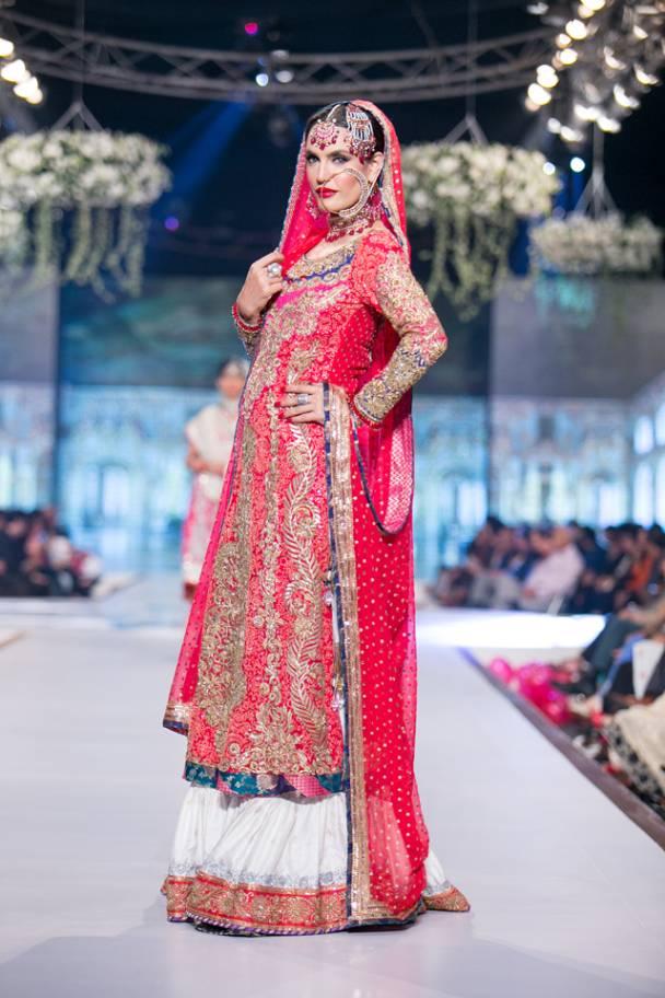 Pakistani Bridal Lehenga Dresses Designs & Styles 2016-2017 Collection (14)