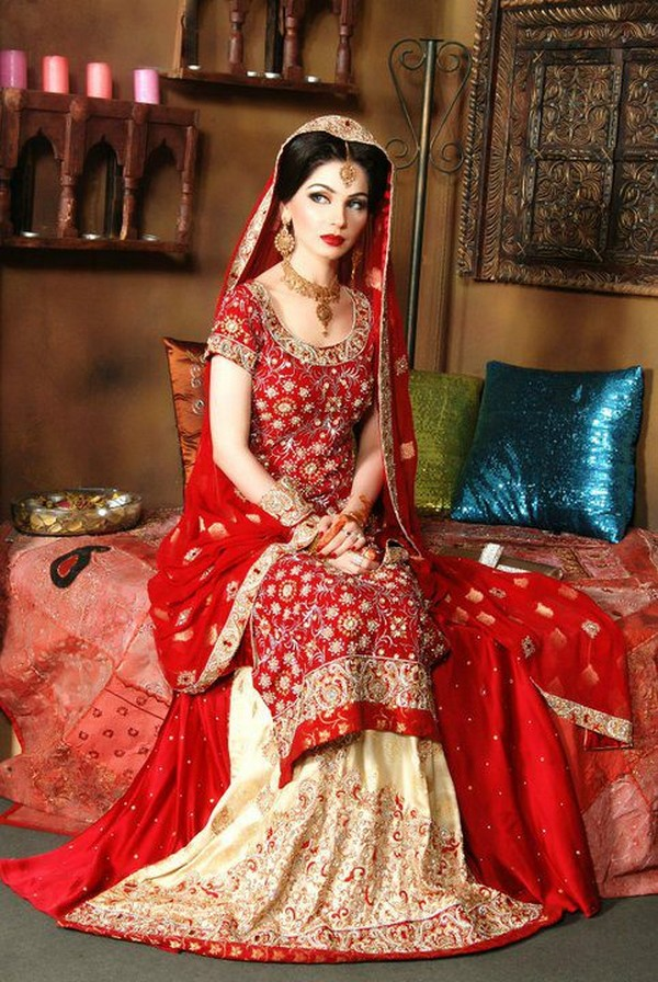 Pakistani bridal lehenga dresses designs styles 2018 2019 for Current wedding dress styles