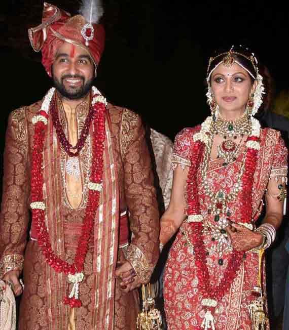 Shilpa Shetty Raj Top 10 Famous Indian Celebrity Wedding Dresses Trends 1 Stylesgap Com