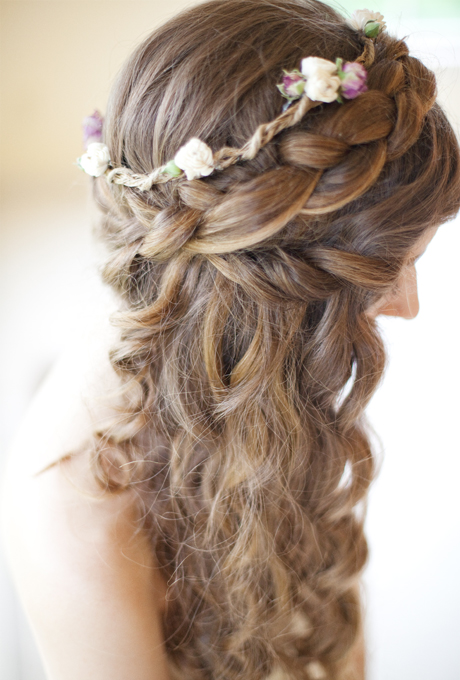 SIDE BRAIDS WITH FLORAL HAIR UP-DO: