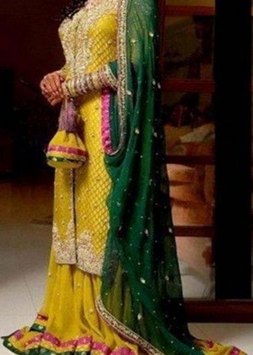 Mehndi Lehenga Design 2018 : Latest bridal mehndi dresses designs  collection