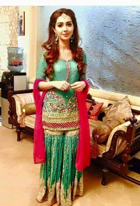 latest bridal mehndi dresses designs 2017 2018 collection