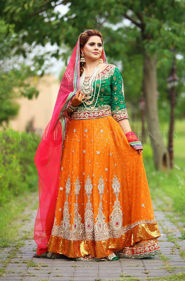 Trends for weddings 2017 - Indian Pakistani Ghagra Lehenga Choli Designs Collection