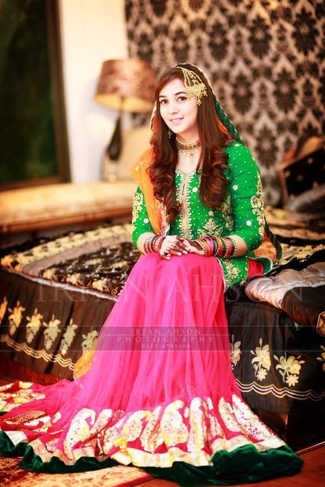 Latest Pakistani Ghagra Choli Dresses Collection 2016-2017 (3)