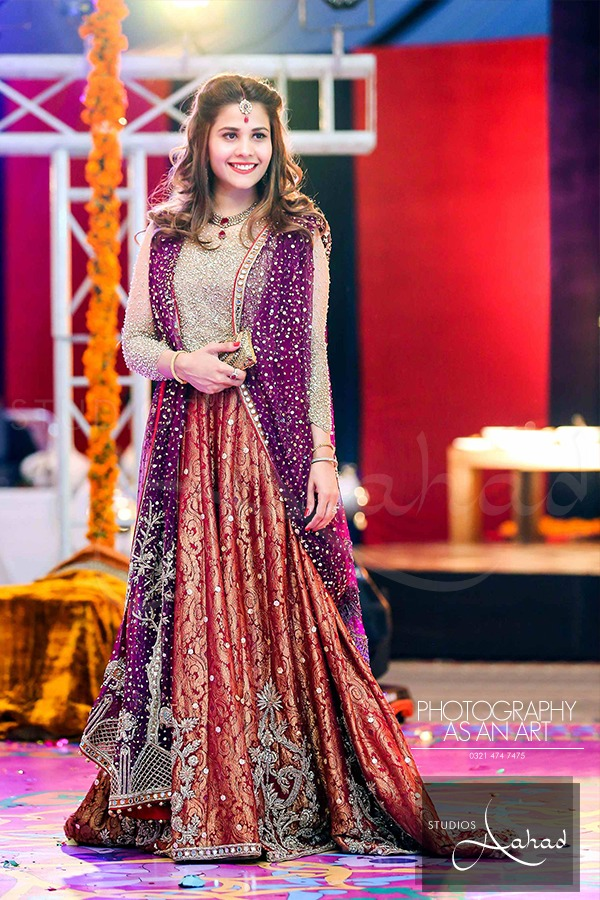 Latest Pakistani Ghagra Choli Dresses Collection 2016-2017 (7)