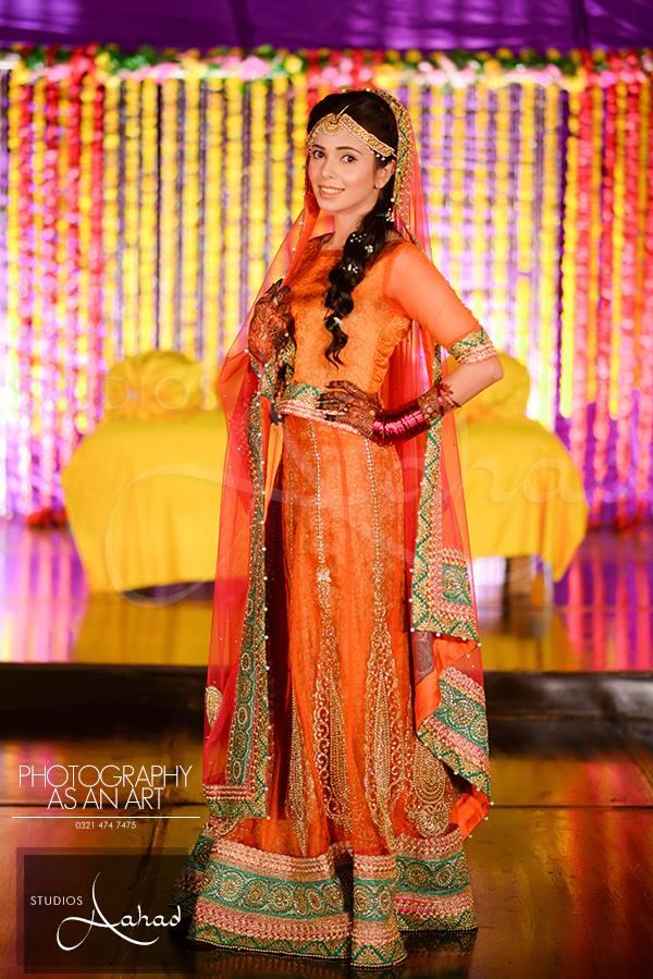 Latest Pakistani Ghagra Choli Dresses Collection 2016-2017 (7)