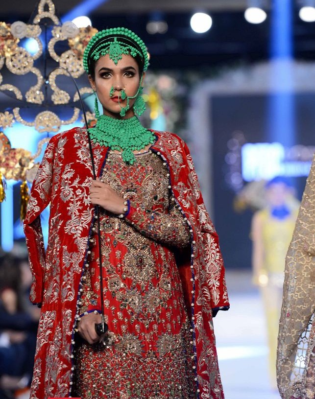 Ali Xeeshan Latest Bridal Wedding Dresses Collection 2016-2017 (1)