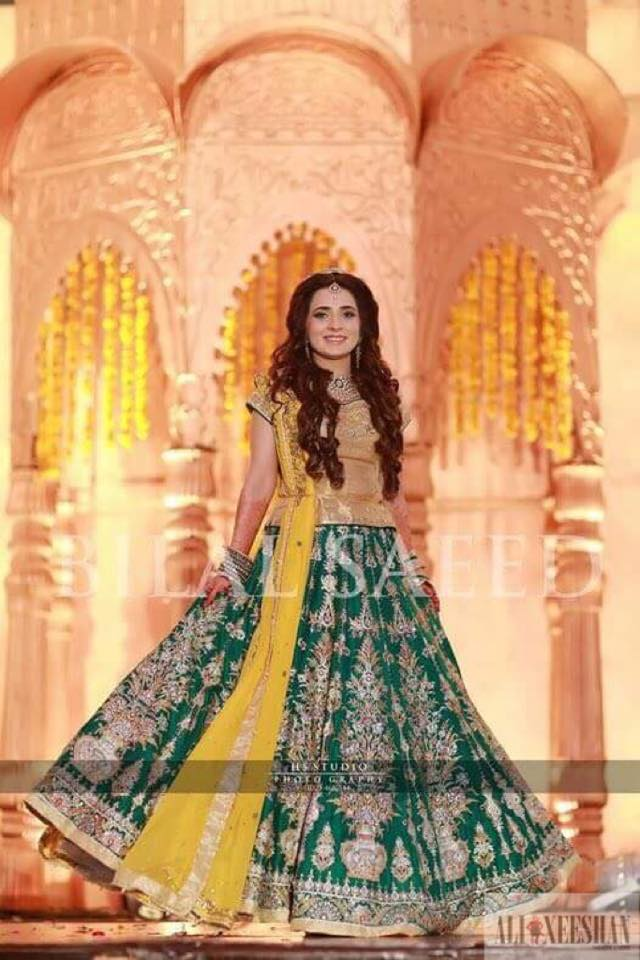 Ali Xeeshan Latest Bridal Wedding Dresses Collection 2016-2017 (18)
