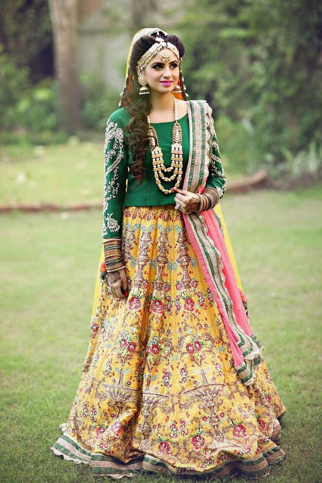 Ali Xeeshan Latest Bridal Wedding Dresses Collection 2016-2017 (22)