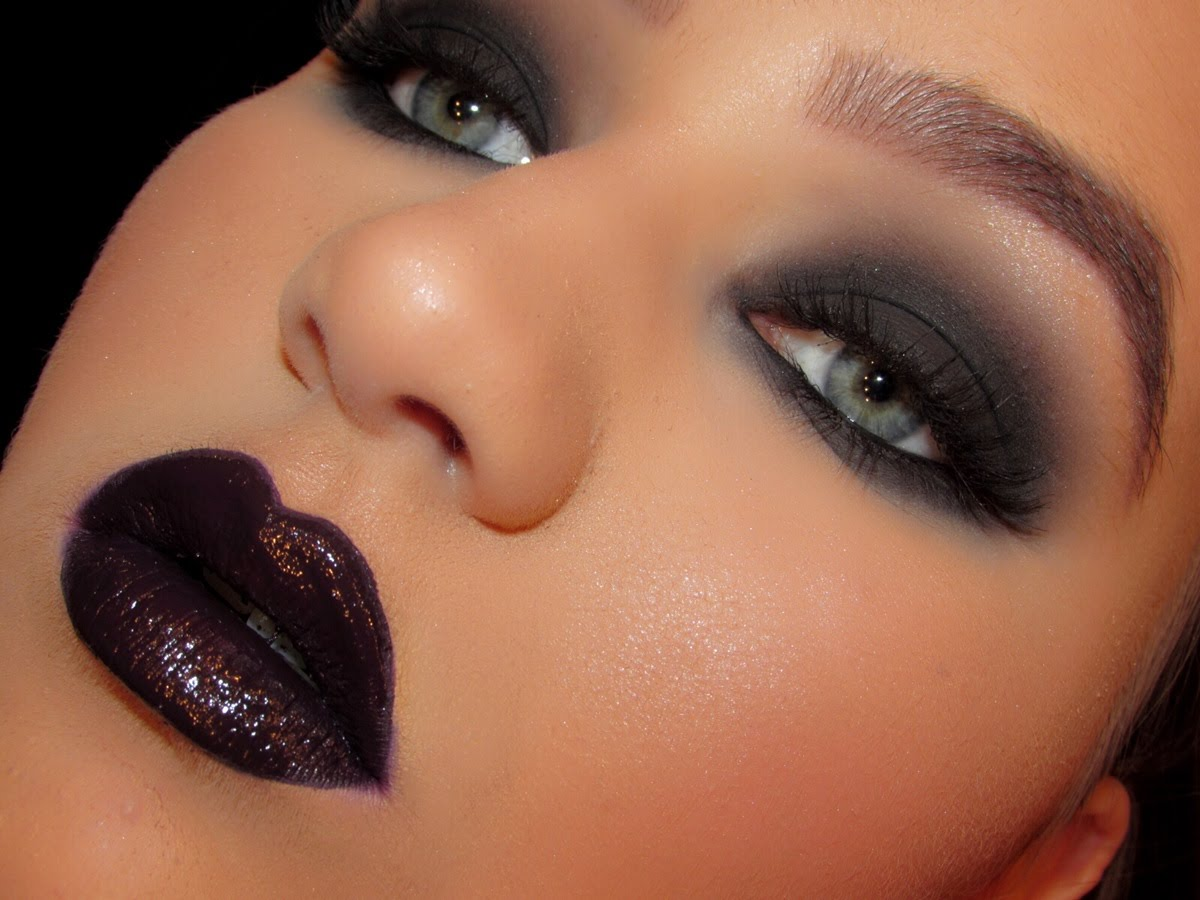 Black Smokey Eyes Makeup Tutorial Step by Step (14)