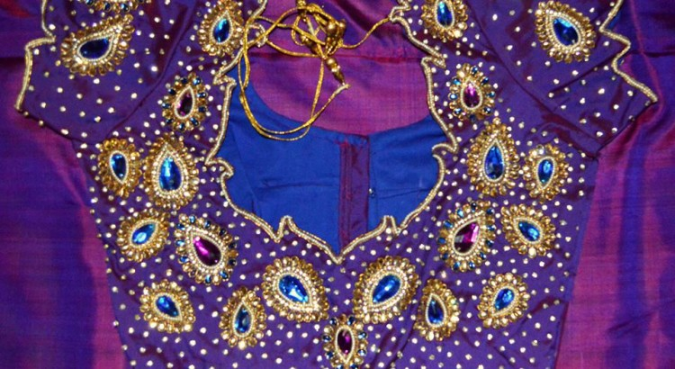 Kundan Work- Top 5 Most Popular Embroidered Sarees Blouses Trends for Women (3)