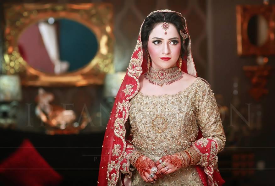Latest Bridal Barat Wedding Dresses Trends 2016-2017 Collection (16)