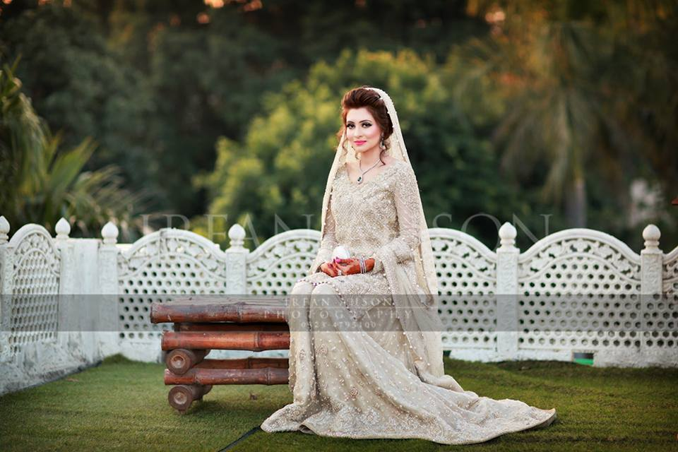 b34040a86e Latest Walima Dresses Designs & Trends Collection 2018-2019 – Online ...