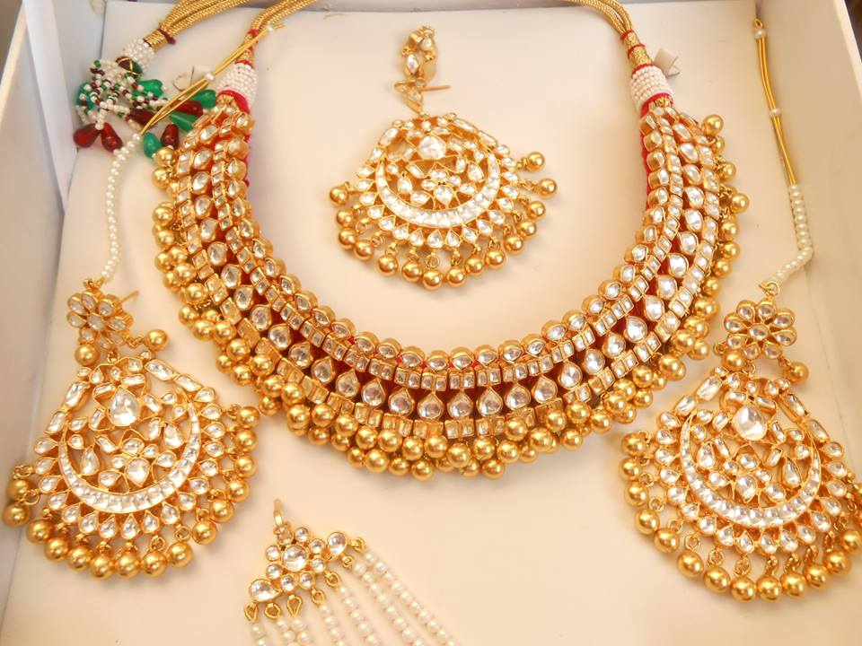 Kundan Jewelery Latest Designs & Trends for Asian Women 2016-2017 (11)