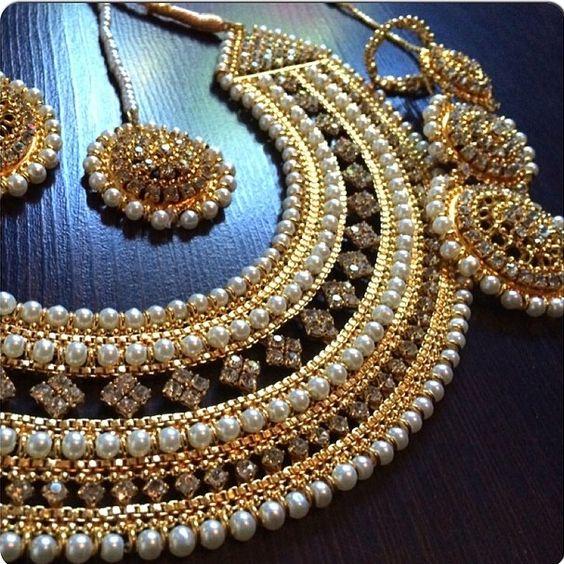 Kundan Jewelery Latest Designs & Trends for Asian Women 2016-2017 (23)