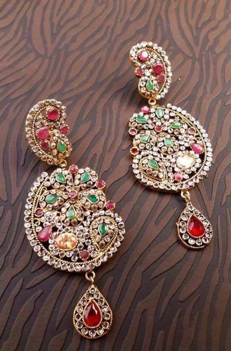 Kundan Jewelery Latest Designs & Trends for Asian Women 2016-2017 (36)