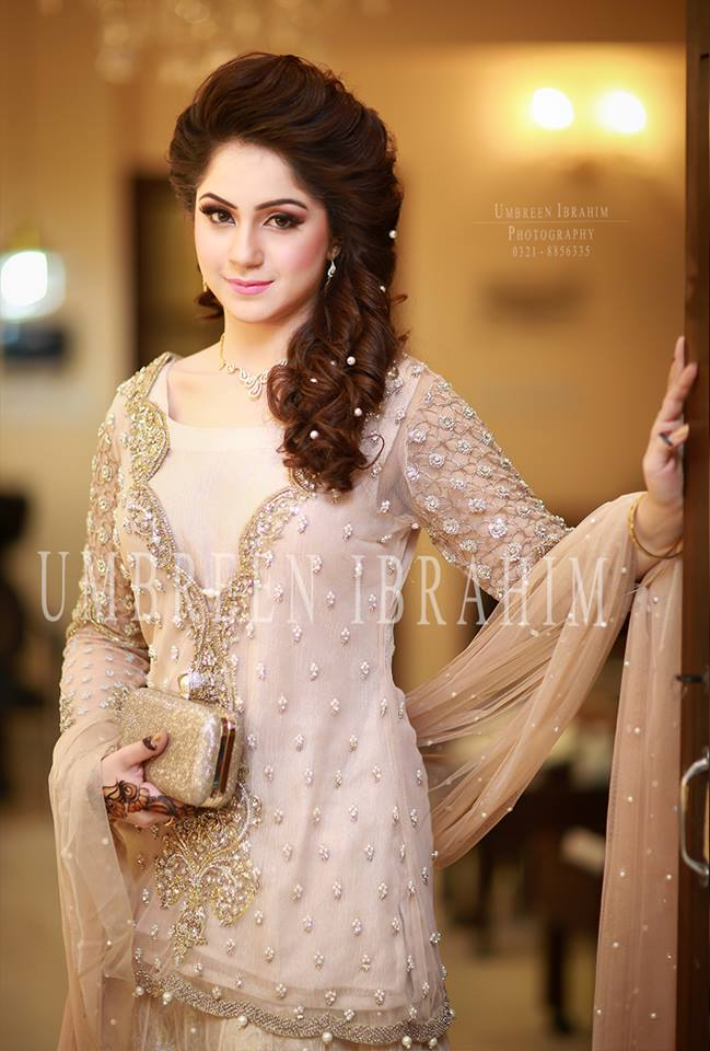 Latest Bridal Engagement Dresses Designs 2016-2017 Collection (16)