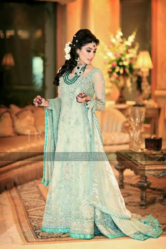 Latest Bridal Engagement Dresses Designs 2016-2017 Collection (3)