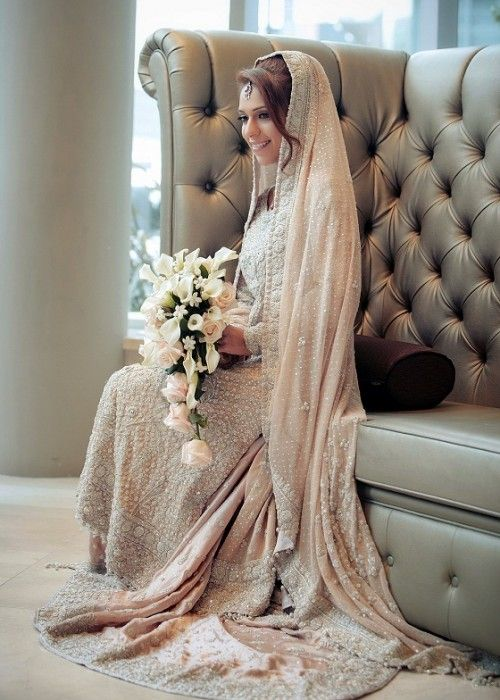 Latest Bridal Engagement Dresses Designs 2016-2017 Collection (33)