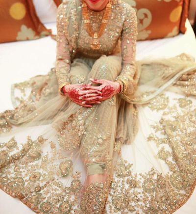 Latest Bridal Engagement Dresses Designs 2016-2017 Collection (34)