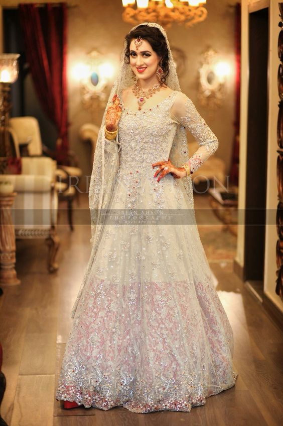 Latest Bridal Engagement Dresses Designs 2016-2017 Collection (36)