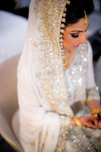 Latest Bridal Engagement Dresses Designs 2016-2017 Collection (5)
