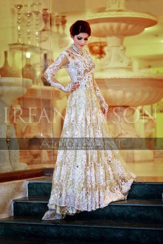 Latest Bridal Engagement Dresses Designs 2016-2017 Collection (8)