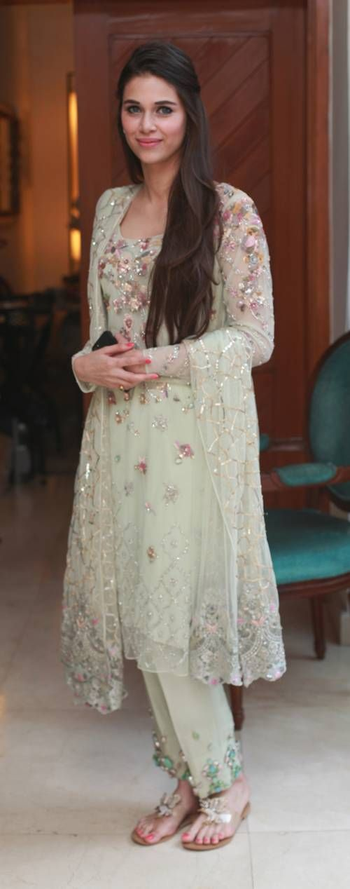 Latest Embroidered Shirts with Trousers 2016-2017 Designs ...