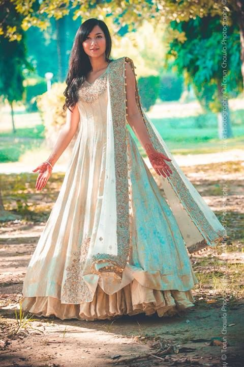 Latest Party Wear & Fancy Wedding Frock Designs Collection 2016-2017 (49)