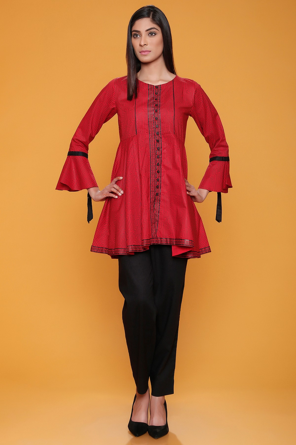 These are some Summer Kurti Designs Best Collection that you can wear on any occasion. Here you will find Latest Ladies Kurti Design For Summer, Kurti .