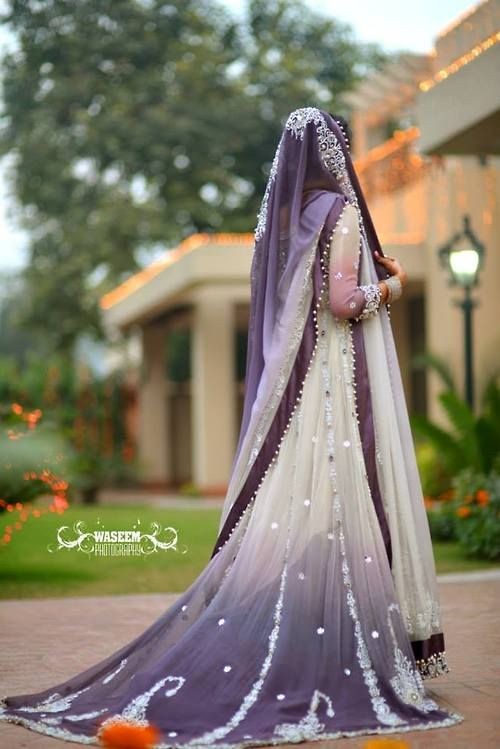 Latest Wedding Maxis Long Tale Dresses Designs Collection 2016-2017 (11)