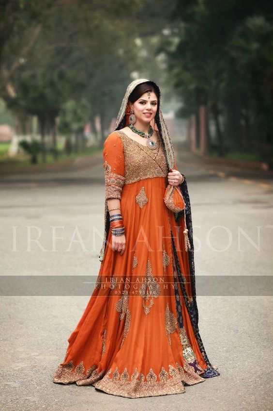Latest Wedding Maxis Long Tale Dresses Designs Collection 2016-2017 (13)