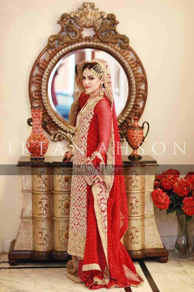 Latest Wedding Maxis Long Tale Dresses Designs Collection 2016-2017 (32)