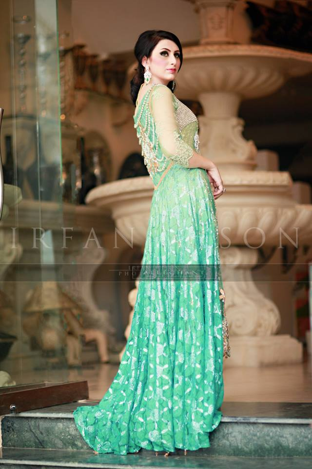 Latest Wedding Maxis Long Tale Dresses Designs Collection 2016-2017 (35)