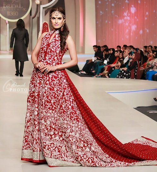 Latest Wedding Maxis Long Tale Dresses Designs Collection 2016-2017 (59)