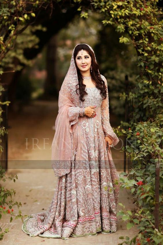 Latest Wedding Maxis Long Tale Dresses Designs Collection 2016-2017 (6)