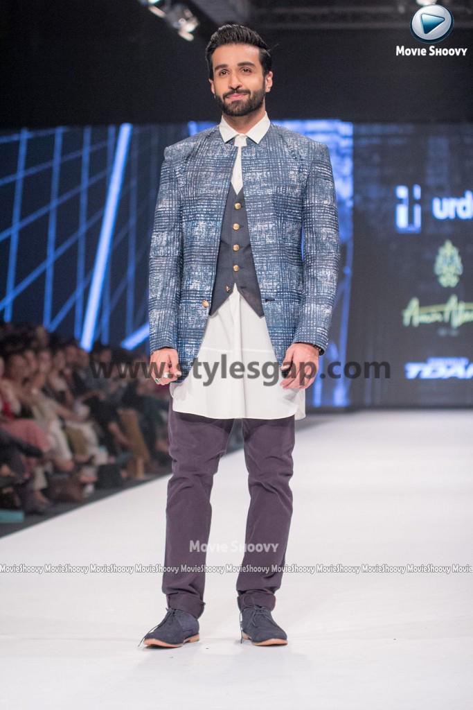 AZFAR REHMAN- Showstopper in fashion week Pakistan 2016-2017 (4)
