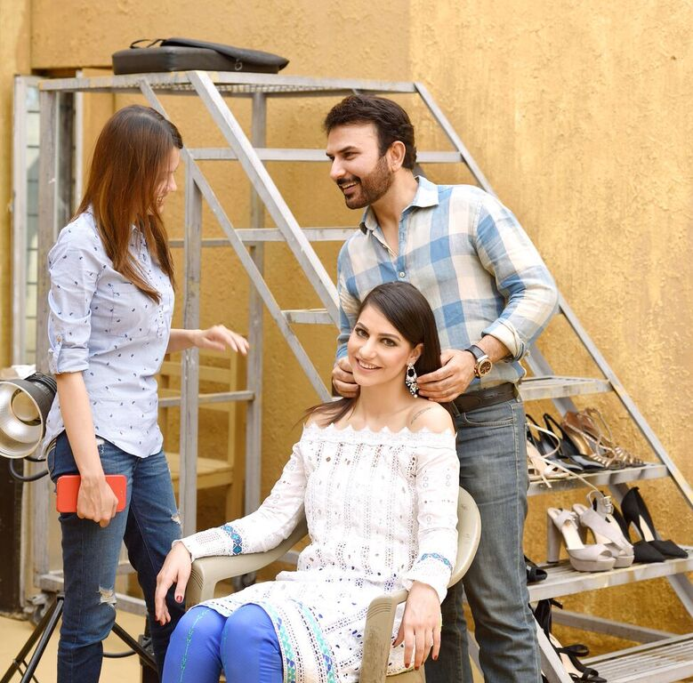 Asim Jofa Summer Luxury Lawn Collection 2016- Behind the Shoot (5)